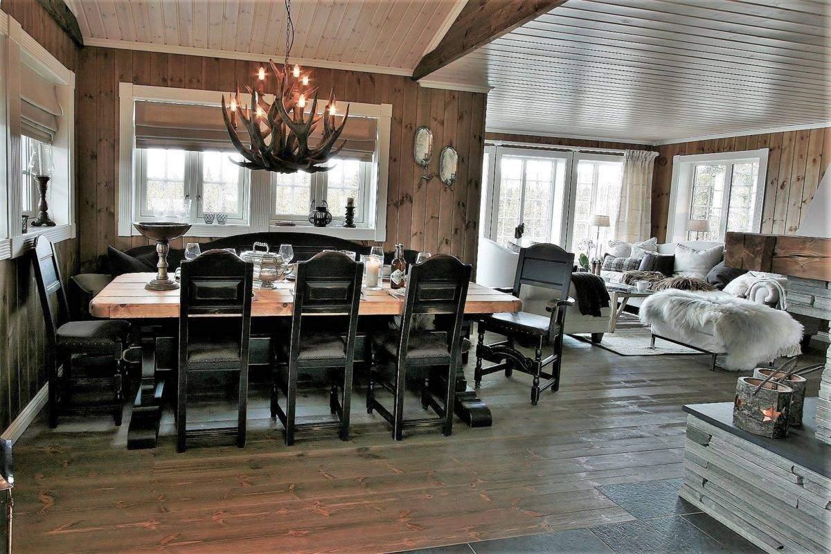 244 Hytteinspirasjon, Hytteinteriør Hafjell 138 Fra kjøkken mot spisestua og stua