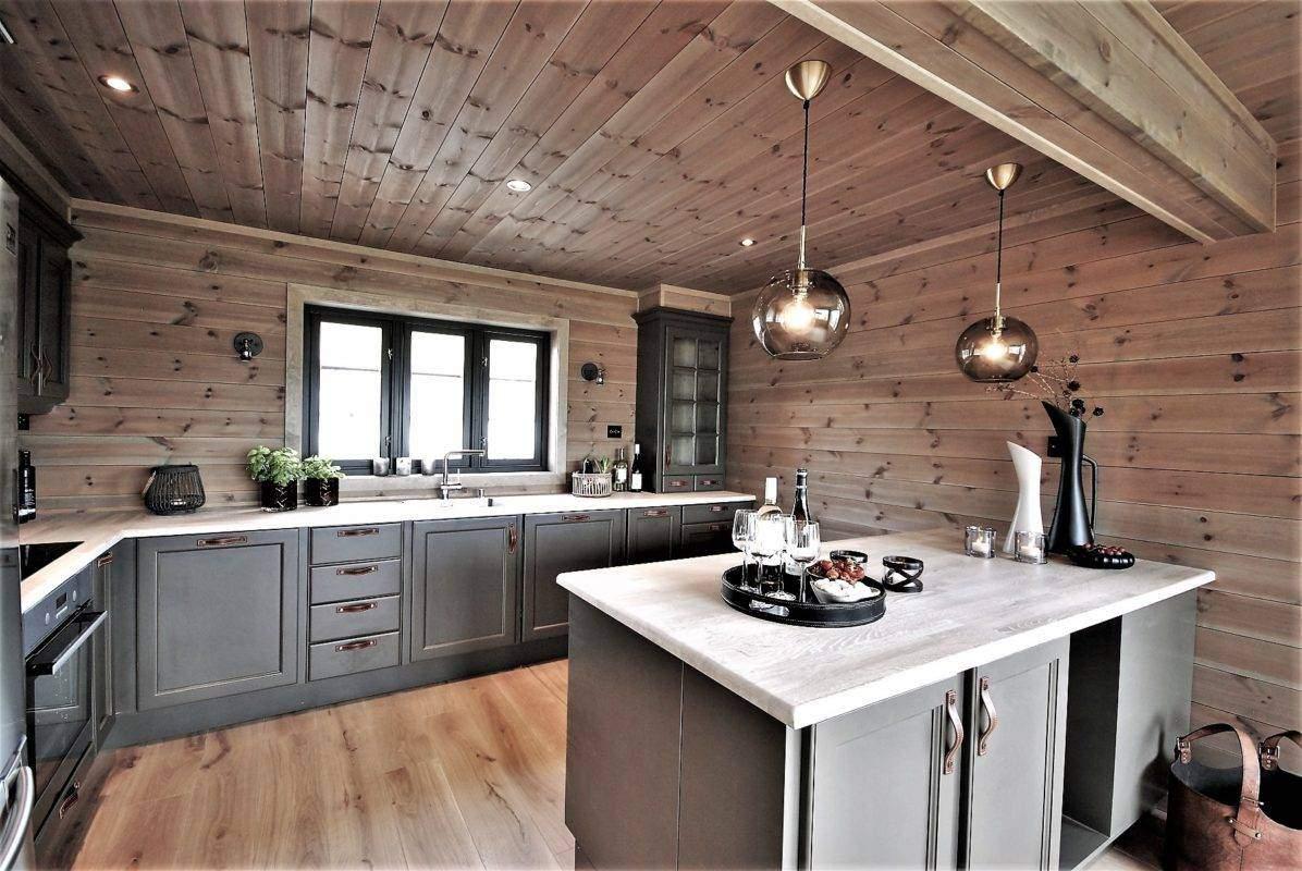 25 Hyttemodell Høgevarde 127. Kjøkkenet