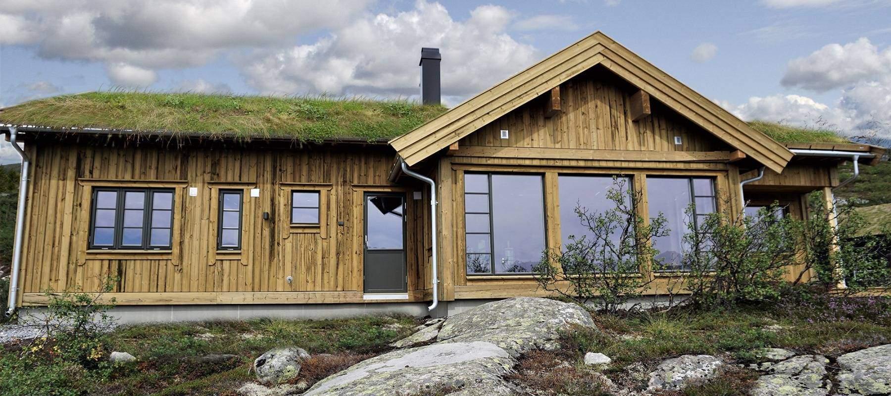 30 Hyttemodell Høgevarde 127. Soverom, bad og badstue med vindu mot utsikten