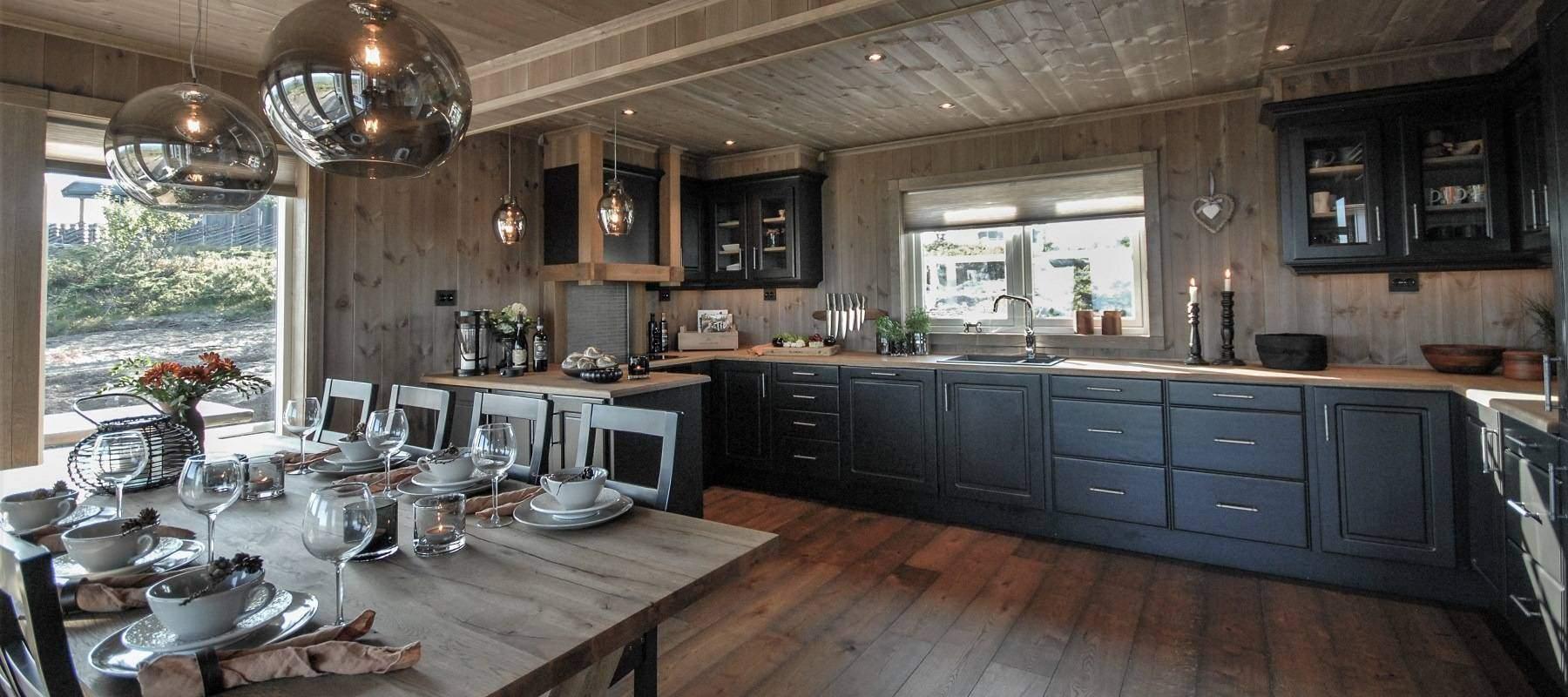 320 Hyttemodell Hytteinspirasjon Storjuvtinden 114 på Nesbyen. Hytteleverandør Tiurtoppen Hytter