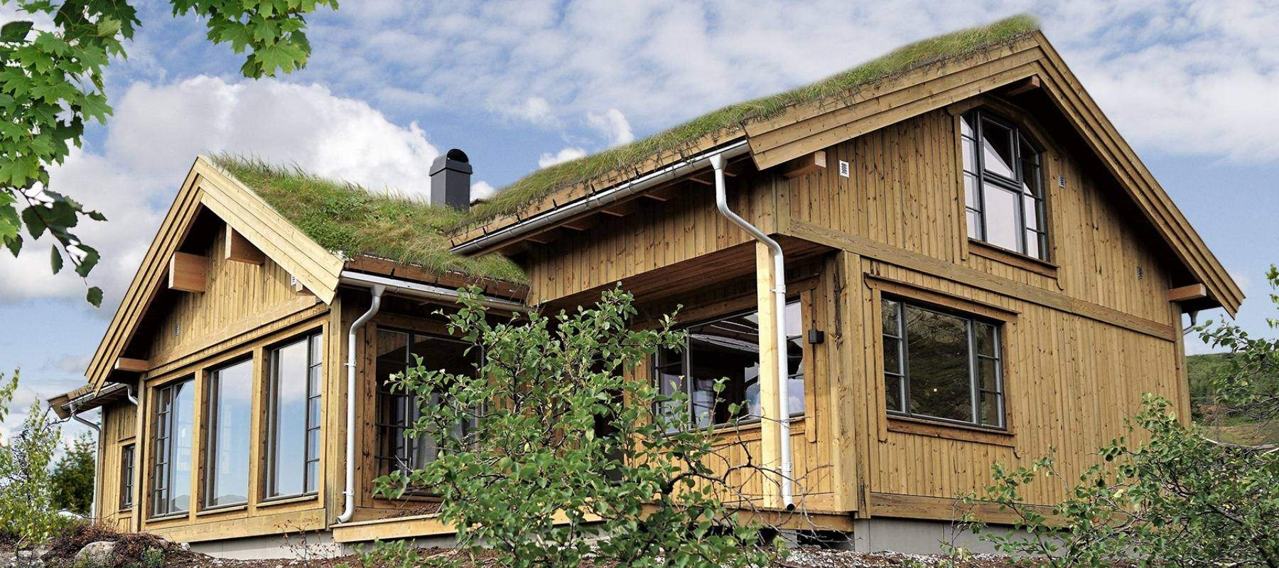 36 Hyttemodell Høgevarde 127. Delvis overbygd terrasse på stuesiden