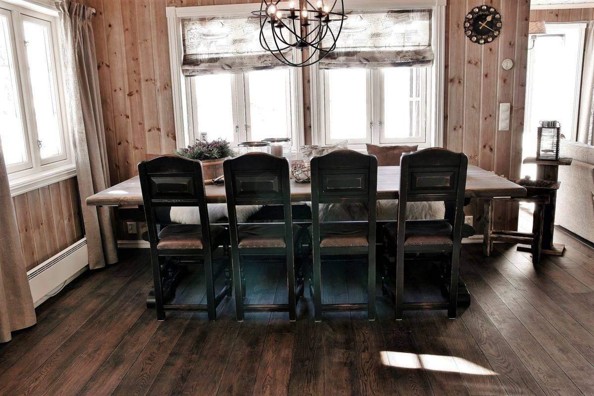 52 Hytte Vaset Rondeslottet 95 – fra kjøkken mot spisestua